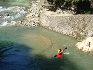 一人乗りカヌー練習中