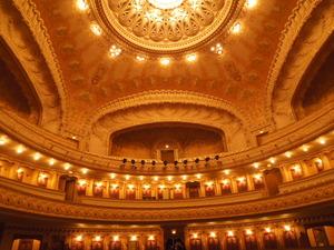 ヴィシーのオペラ座内部