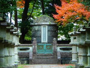 大山元帥の墓所