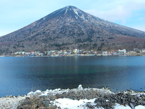 朝の中禅寺湖