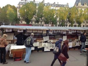 パリならではの古本屋