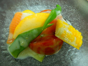 地場野菜のサラダ