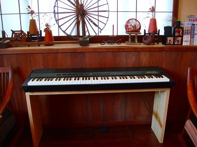 電子ピアノ設置しました