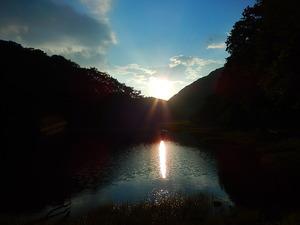 初秋の夕暮れの大沼