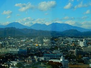 男体山と女峰山
