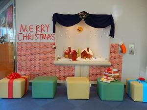 観光局のクリスマスディスプレイ