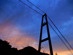 もみじ谷大吊橋の夕焼け
