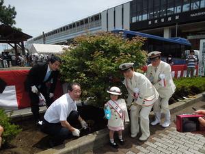東北新幹線開業30周年記念植樹