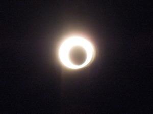 目玉焼の金環日食