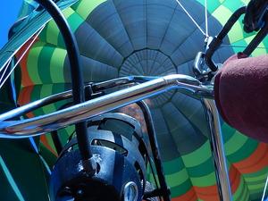 気球の真下