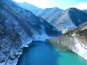 湯西川への道