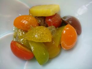 彩りトマトのサラダ