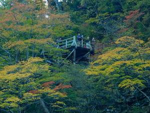 回顧の滝観瀑台
