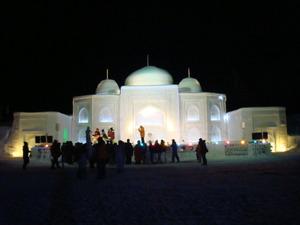 タージマハールの雪像