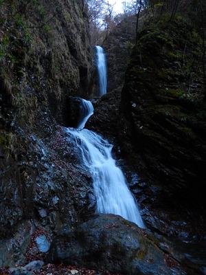 冬の竜化の滝