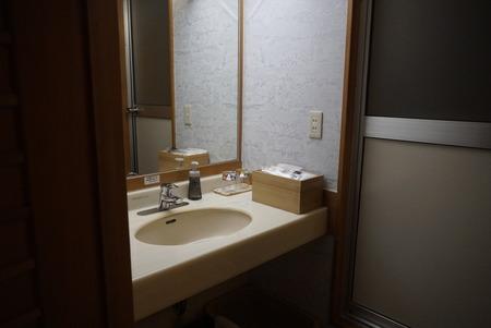 部屋3洗面所