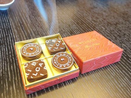 ブルガリ・イル・チョコラート クリスマスのチョコレート・ジェムズ