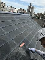8-23ペントハウス屋根ミラクシーラーEPO下塗り2回目塗装(2)