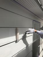 6-12外壁上塗りラジカルコートパーフェクトトップ塗布2回目4