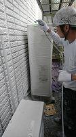 5-31壁面(SK水性ソフトサーフ)中塗り吹き付け塗装2回目8