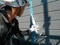 9-2板間目地シール工事3_シール材充填作業