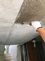 8-22駐車場ミクロンガード上塗り1回目塗装(2)