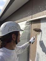 8-26外壁上塗りラジカルコートパーフェクトトップ塗布1回目 (2)