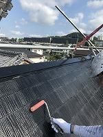 7-31屋根下塗りミラクシーラーEPO塗布2回目 (3)