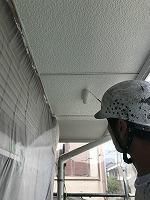 5-30軒天(ニッペケンエースGII)上塗り塗装2回目2