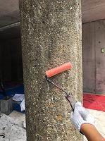 8-22駐車場ミクロンガード上塗り2回目塗装(1)