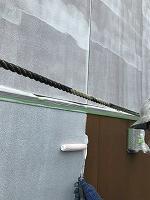 8-25外壁ソフトサーフ中塗り塗装(1)