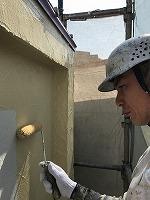 4-30南面外壁上塗りフッ素塗布1回目1