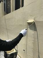5-14南面塀上塗りダイナミックトップ塗布1回目1