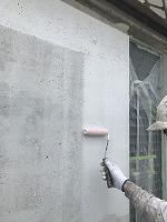 8-6壁面(カンペアレスダイナミックフィラー)中塗り塗装2回目3