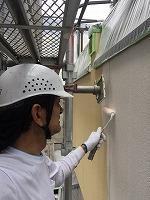 6-6外壁中塗りソフトサーフ塗布 (4)
