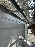 6-13南面、壁面(ニッペ4Fフッ素)上塗り塗装1回目3