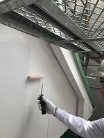 6-11外壁上塗りラジカルコートパーフェクトトップ塗布1回目3