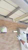 8-6外壁東西南面UVプロテクトクリヤー上塗り3回目塗装2