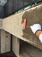 8-21外壁南面ミラクシーラーEPO下塗り塗装(1)