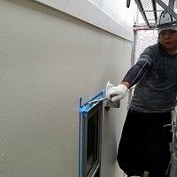 9-11サッシ廻りシール工事エポキシ系プライマー下塗り塗布