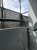8-12外壁中塗りダイナミックフィラー塗布2回目 (1)