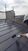6-6屋根上塗りシリコンベスト塗布2回目 (1)