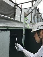 5-16壁面(無機マスターズコート)上塗り塗装1回目塗布