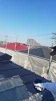 9-26屋根サーモアイ遮熱フッ素上塗り1回目塗布 (2)