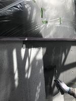 8-6壁面(ニッペファインSi)上塗り塗装1回目2
