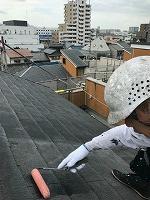 8-23ペントハウス屋根ミラクシーラーEPO下塗り1回目塗装(2)