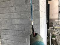 5-1外壁板間シール工事の既存シール撤去作業