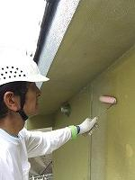 7-5外壁ミラクシーラーECO下塗り塗布 (2)