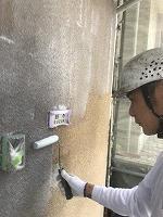 5-12外壁SKミラクシーラーECO下塗り塗装 (1)