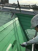 6-9屋根(ガイナ)上塗り塗装2回目3